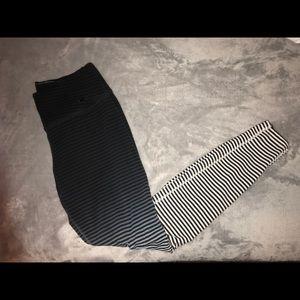 Nike High Waisted Dri Fit Ombré Leggings Small